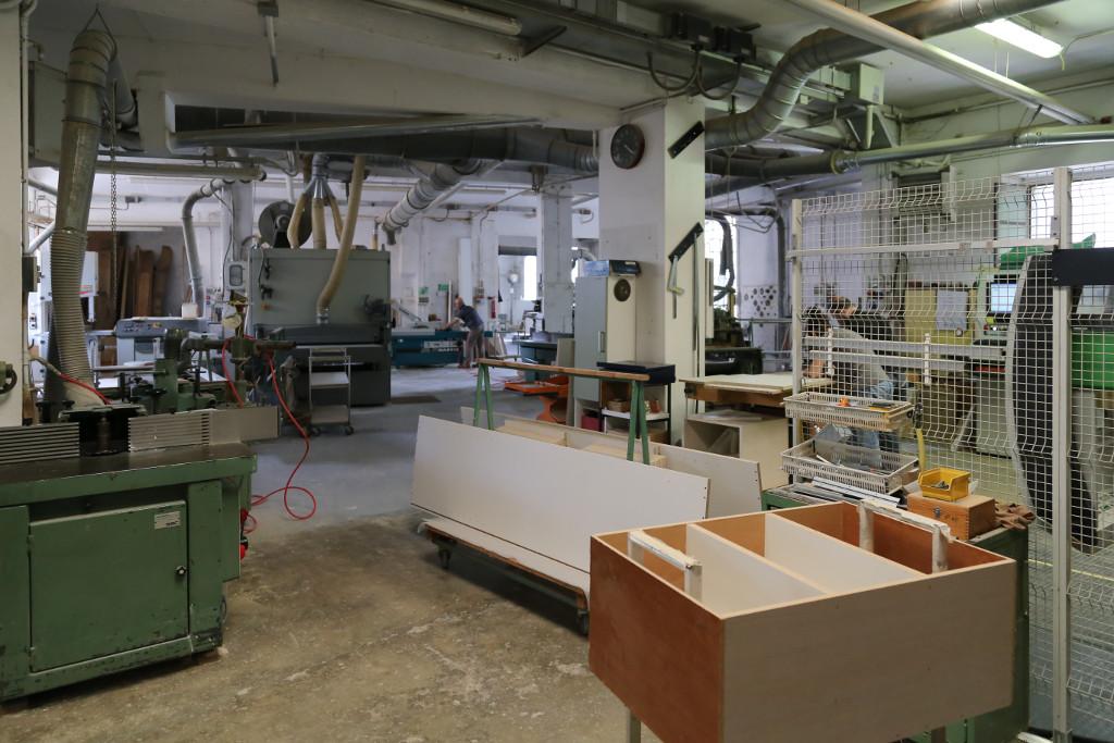 Laboratorio di falegnameria provincia di Varese